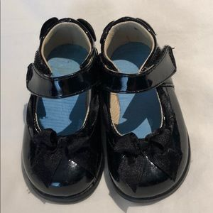 Black patent Pediped Flex mary jane shoes